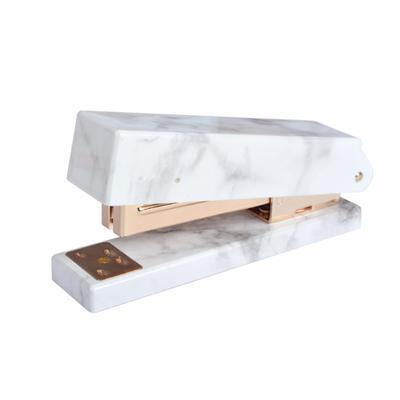 Amiga de escritório de moda Rose ouro grampeador grampeador acrílico transparente pequeno padrão de cor de pedra fresca