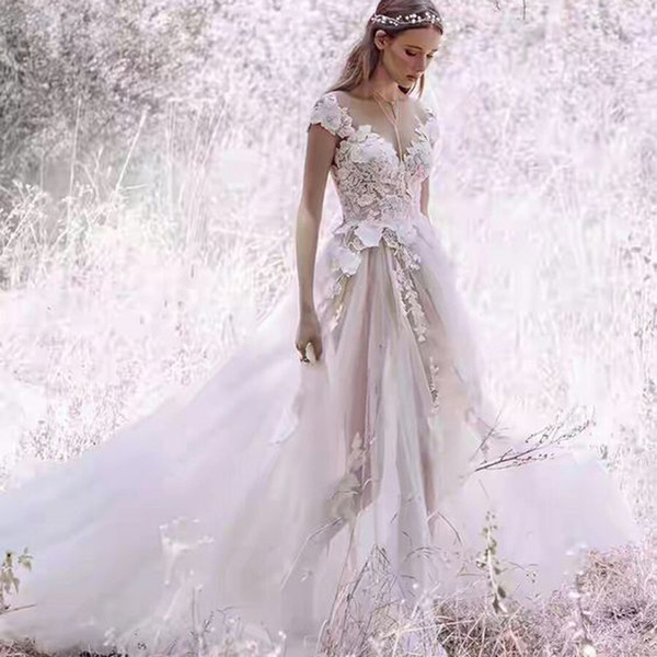 Bohemian Beach Wedding Dresses Lace 3D Flower Appliqued Tulle Skirt 2019 Pretty A line V Neck Bridal Gowns Sexy Backless Wedding Dress