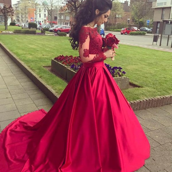 2018 Prom Dresses Long Sleeve Red Ball Gown Satin Lace Zipper Back Court Train Formal Evening Dresses Gowns Party Prom Gowns Trajes de gala