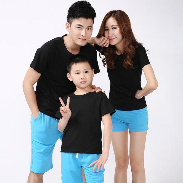 vestiti di corrispondenza famiglia guardano padre madre figlio figlia abiti abbigliamento maglietta mamma mamma mamma papà e mi ragazzo neonata di t-shirt