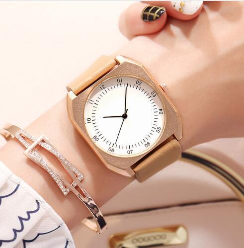 BGG Neues Design Frauen Square Große Zifferblatt Uhr Frauen Mode Lässig Elegante Leder Armbanduhr Bunte Mädchen Quarzuhr Relogio