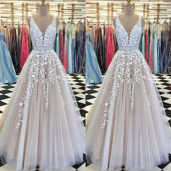 A Line Long Evening Dresses With Sash Shiny Rhinestone Lace Appliques Modest Tulle Formal Prom Dress Cheap Party Gowns Sleeveless