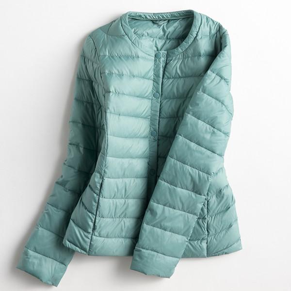 Autumn Winter Women Ultra Light Down Jacket White Duck Down Lightweight Parkas Female Warm Slim Thin Short Coat Plus Size SF428