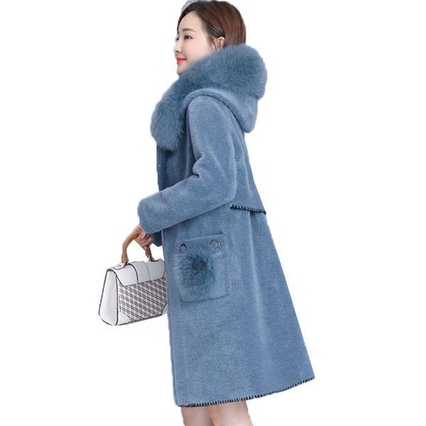 2018 New winter Loose Coat Female Natural Sheep Shearing Overcoat With Genuine Fox Fur Collar Hooded Wool Winter Jacket Women