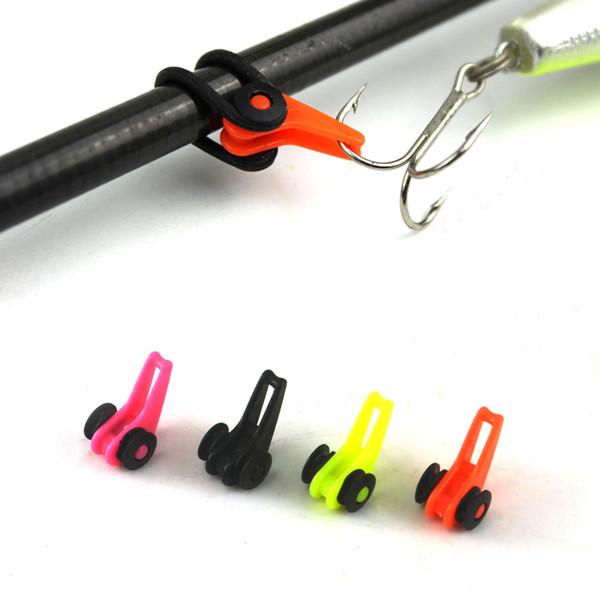 Canna da pesca 5 set / lotto Guadagnare Canna da pesca in plastica a colori multipli Canna HooK Custode Richiamo Cucchiaio Esca Supporto per acuti Piccoli accessori da pesca