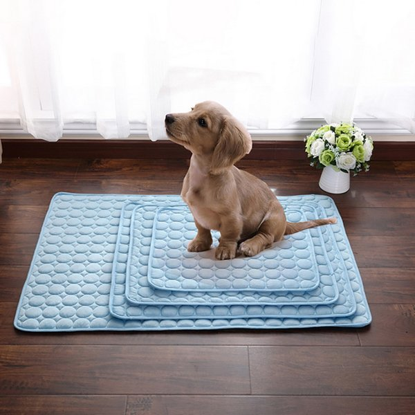 Venta al por mayor esteras de verano manta hielo mascota perro cama sofá tour camping yoga colchonetas para dormir toalla herramienta perro suministros para mascotas accesorios de baño