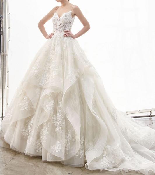 23b093ec1a2 Robe de mariée de rêve de conte de fées romantique avec des volants pour mariée  Illusion