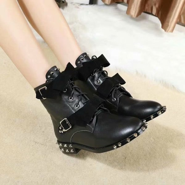 Popular Woman New Style Real Leather Belt Buckle Bowtie Ankle Boots Metal Rivet Belt Handsome Leather Martin Boots Rivet Lace Up Knight Boot