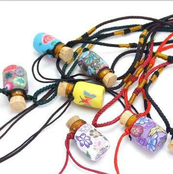 2019 Hot sales 1ml MINI Colorful Glass Essential Oil Bottle Pendant Necklace Fimo Clay Perfume Vials Wedding Gift 10pcs/lot