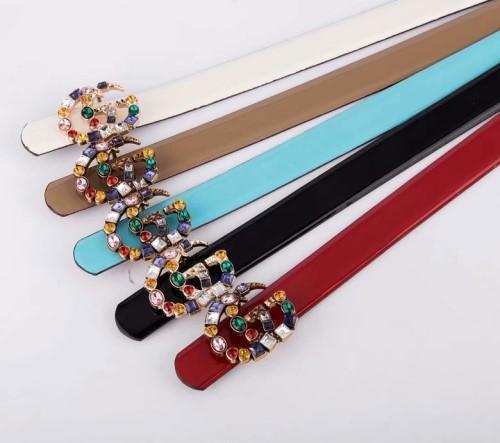 En 2018, diseñamos el cinturón de lujo y la hebilla de la marca deslumbrante para la gran hebilla de los hombres y el cinturón de moda para hombres.