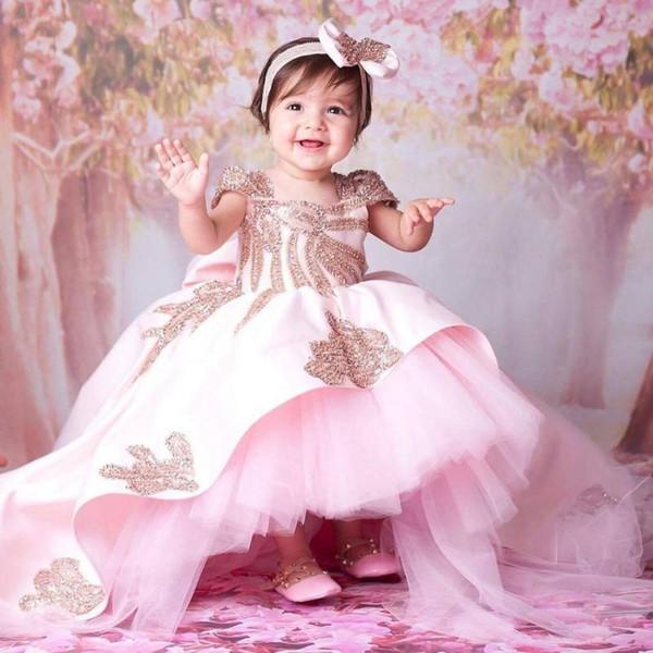 Designer de alta baixa vestido de baile vestidos da menina de flor para o casamento frisada pescoço quadrado criança pageant vestidos de renda Appliqued cetim crianças vestido de baile