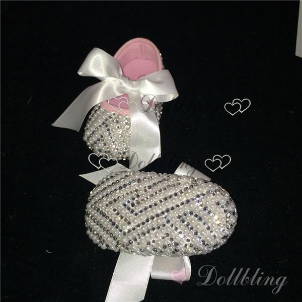 Taufe Pure White Ribbon Spitze Bogen Briades Brautkleid Designer rustikale verschönert Perlen handgefertigte Babyschuhe