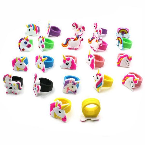 Venta caliente linda de la historieta del unicornio anillo de la fiesta de cumpleaños del unicornio favorece suministros niños anillo de dedo del bebé juguetes niños regalo de Cumpleaños de Navidad