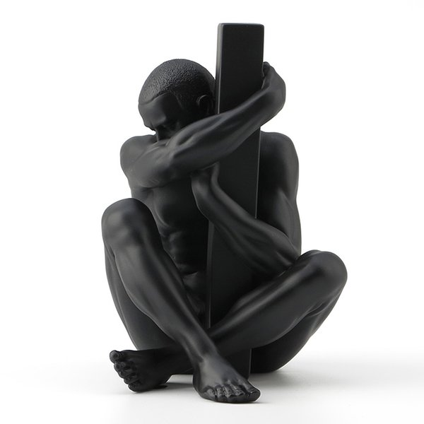 Size: 11*10*13.5 (CM) resin, originality, contemporary nude Art men and pillars Sculptural decoration of soft furnishings