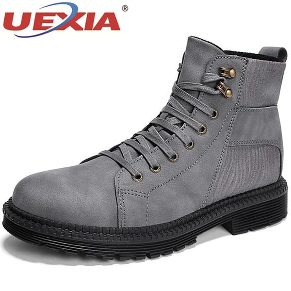 Großhandel 2019 UEXIA 2019 Wintermode Männer Stiefel Vintage Kampfstiefel Hohe Qualität Männer Stiefeletten Schwarz Männer Brogue Schuhe Casual