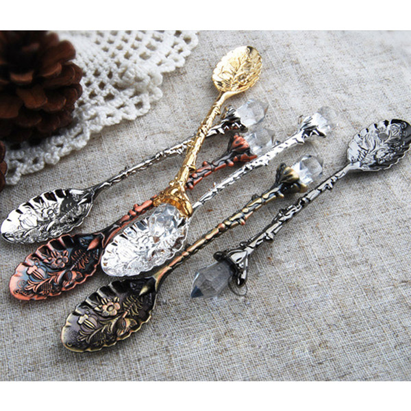 best selling Vintage Royal Style Metal Carved Coffee Spoons Forks with Crystal Head Kitchen Fruit Prikkers Dessert Ice-cream Scoop gift
