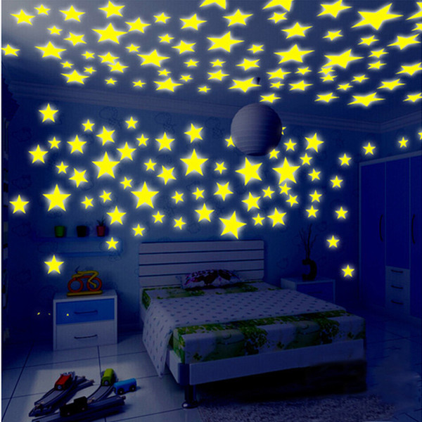 100pcs / lot del dormitorio Glow Wall Sticker Decal para bebés niños 4colors Decoración color de estrellas luminosas fluorescentes