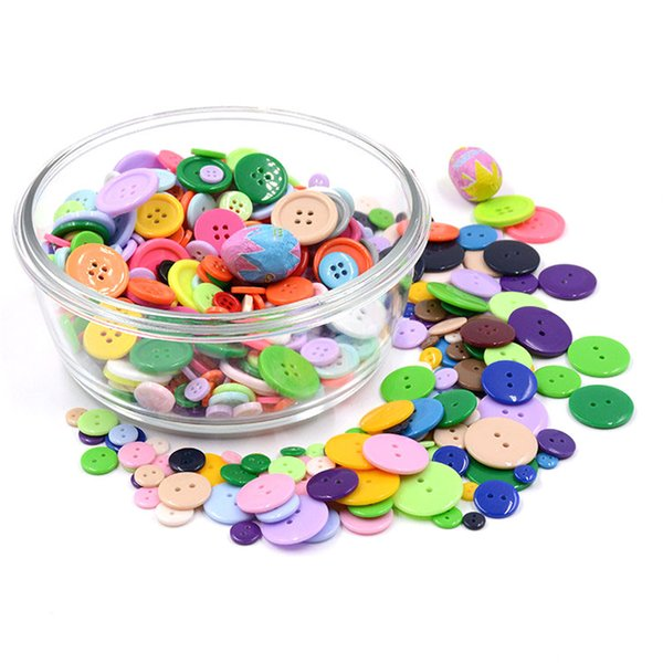 top popular DIY Round Button 2 Holes Resin Buttons Painting Craft Sewing Scrapbook Tools Flatback School Christmas Gift Baby Clothes Accessories 2021