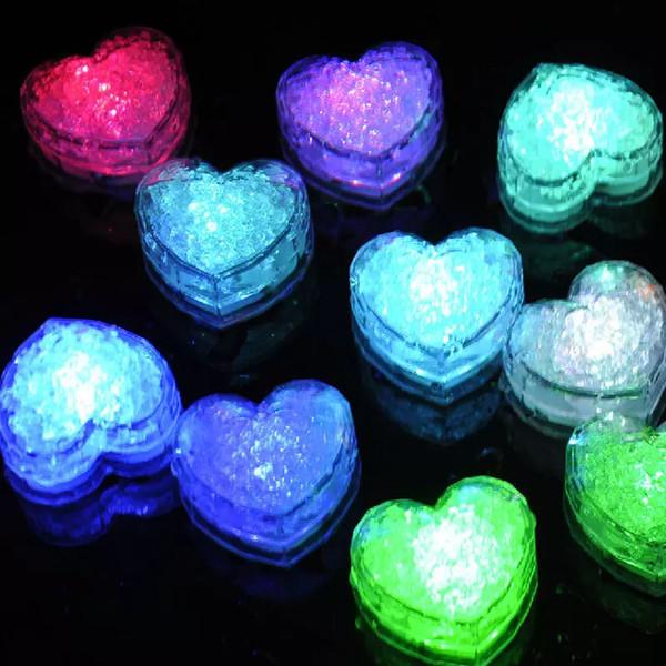Bloco de Gelo Do Amor Do Coração Levou Iluminação Colorida Flash Ice Cube DIODO EMISSOR de Luz Luminosa na Água Nightlight Wedding Party Decor