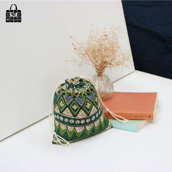 1 x geometry print coon linen fabric bag Clothes socks/underwear shoes dust receive cloth bag home Sundry kids toy storage