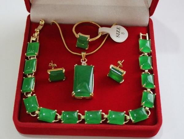 bella pietra naturale verde all'ingrosso 18KGP, anello (# 7.8.9), set di gioielli con orecchini a bottone con ciondolo