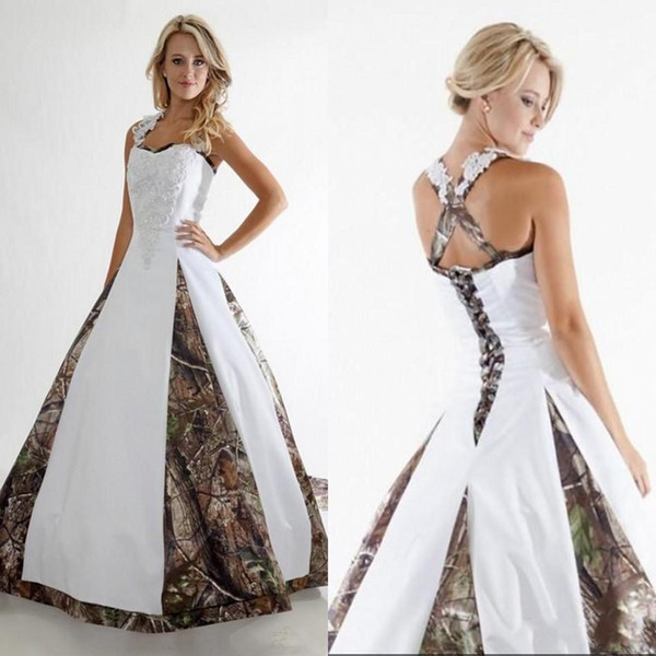 New Camo A Line Wedding Dresses Halter Lace Appliqued Ruffles Court Train Outdoor Wedding Bridal Gowns With Lace-up Back