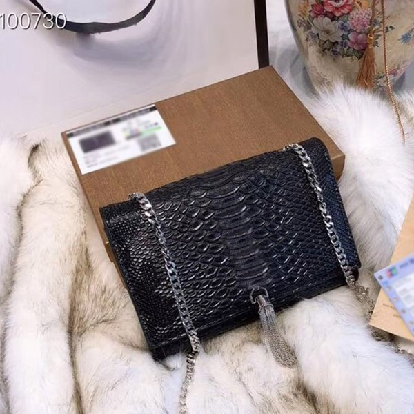 Fashion classical style luxury ladies brand small tassel chain shoulder bags messenger bag women flap crossbody free shipping size:23x15cm