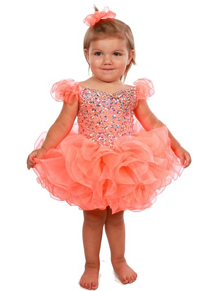 First Communion Dresses Sexy heart shaped collar, shoulder sleeves, orange Eugen yarn, fluffy cake skirt, back strap, custom mail.