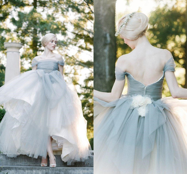 Perfect Dove Grey Off The Shoulder Tulle Princess Ball Gowns Wedding Dresses with Handmade Flower Bridal Gowns 2018 Vestidos de Novia