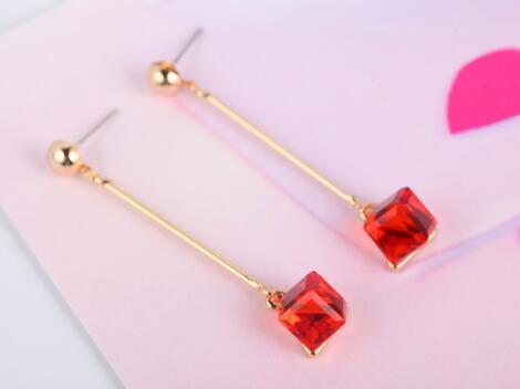 Amerikanische und europäische Mode Accessoires Ohrringe Frauen in Südkorea Mode Ohrringe Clip Braut Hochzeit Accessoires Designer Ohrringe