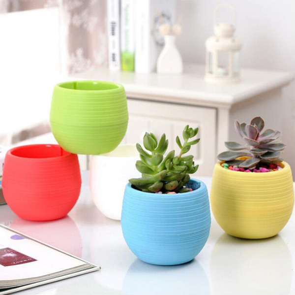 Mini Flower Pots Multi Colors Round Plastic Planters Leak Water Hole Design Succulent Plants Garden Pot Hot Sale 7*7cm