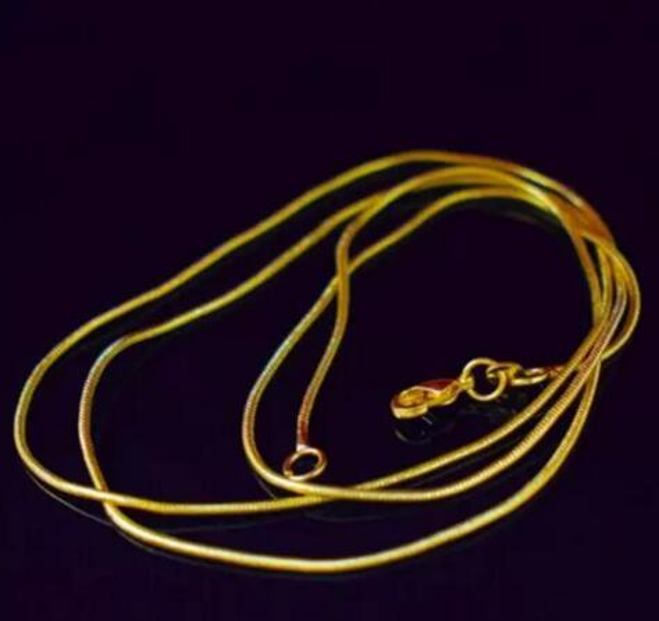 Cadeia de cobra 18 K Colar Banhado A Ouro para Mulher Fechos de Lagosta Suave 1 MM Cadeia Moda Jóias nt Tamanho 16 18 20 22 polegadas