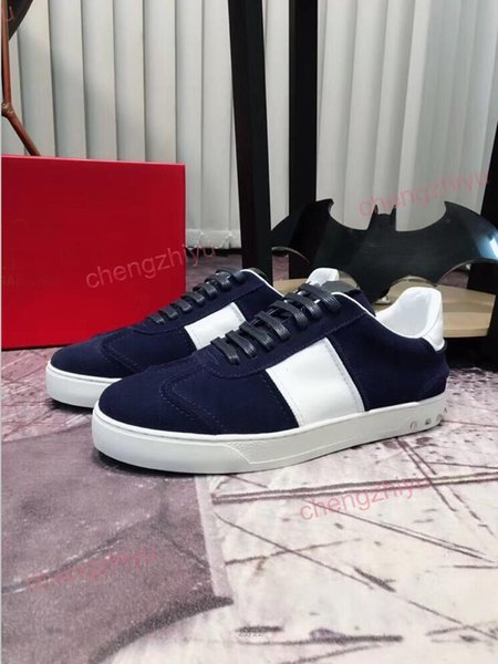 top popular 2019 Luxury Designer Men Casual Shoes Men Casual Shoe Luxury Sneakers Velvet Red Green Deep Blue Colors Best Qulity Free Shipping With Box 2019
