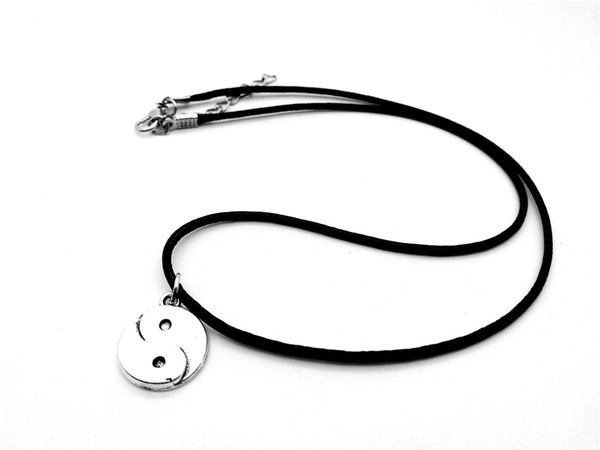 10PCS Cute Chinese style Taiji Bagua pendant Necklace Skyrim Fantastic Ying Yang Tai Chi Gossip Leather Rope Necklaces