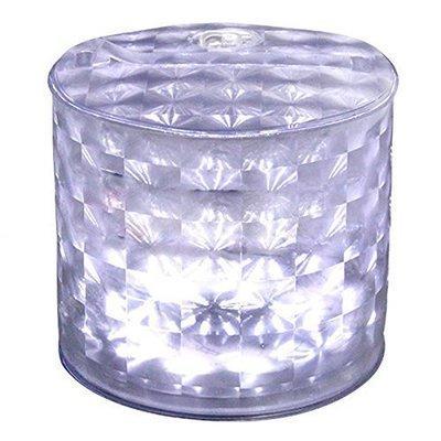 Lumière cube blanche