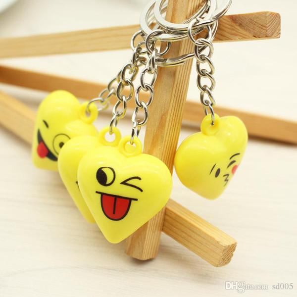 Lovely Emoji Key Buckle Originality Exquisite Keyring Festival Small Gift Bag Pendant Fashion Keychain High Quality 0 7xm WW
