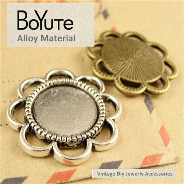 BoYuTe (60 Stück / Los) 14MM Cabochon Base Vintage Diy Zubehör Teile Legierung Antik Bronze Silber Blank Tray Anhänger für Schmuckzubehör