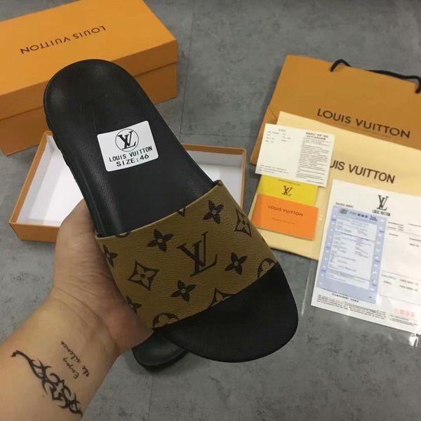 2019 Neue Designer Sandalen Europa Brand Fashion Herrenstriped Sandalen Kausal Rutschfeste Sommer Huaraches Hausschuhe Flip Flops Hausschuhe US5-11