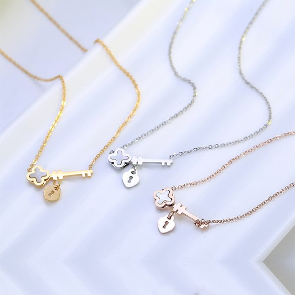 Simplicity Women Daily Key Pendant Necklace 3 Colors 18K Gold Plated Rose Gold Plated 316L Titanium Stainless Steel Leaf Chokers Necklace
