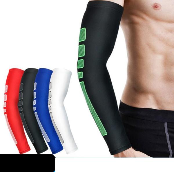 Coussinets de coudières de sport pour hommes Basketball Tir Vélo Compression Manches de bras Coussinets de protection de coude Support Brace Arm Warmers