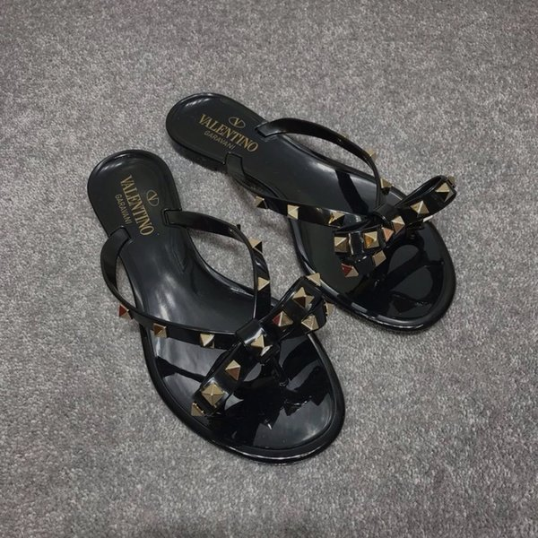 best selling Size 36-40 New 2018 Women Summer Sandals Rivets Big Bowknot Flip Flops Beach Sandalias Femininas Flat Jelly Designer Woman Sandals