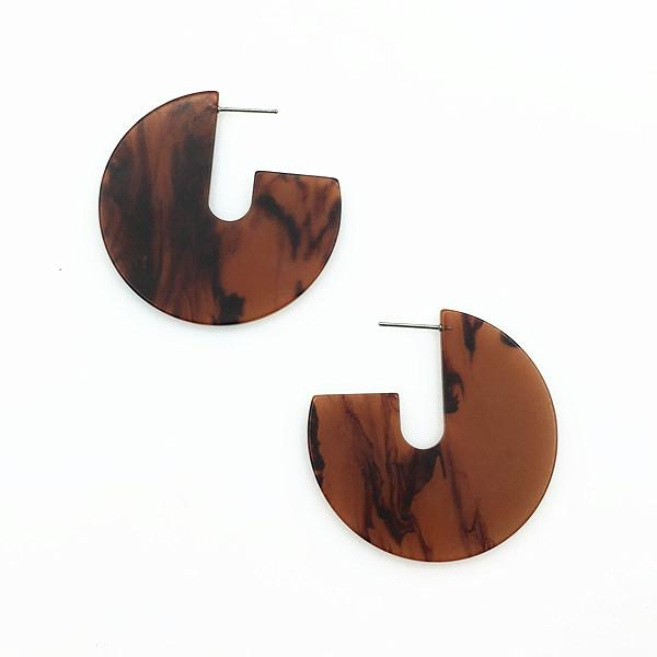 LARGE PIECE PLASTIC RESIN STUD EARRINGS IN PINK & BORWN COLORS ON WHOLESALE FOR WOMAN FOR SUMMER SEASON