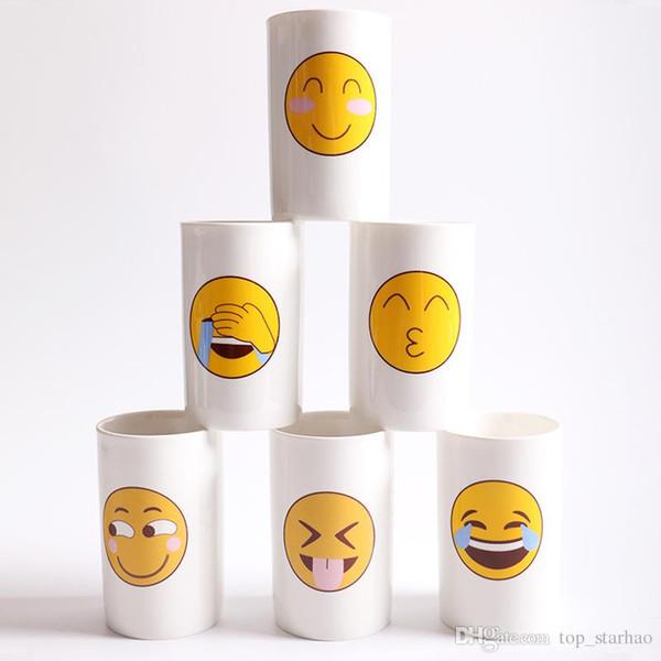 Compre 6 Projetos Encantador Rosto Sorridente Emoji Caneca Porcelana Cocô Shop Cup Dos Desenhos Animados Divertido E Triste Legal Casal Canecas