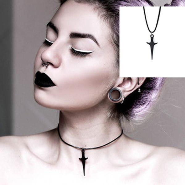 À la mode Femmes Clavicular Chain Chocker Collier Punk Noir Dague Coréen Collier Pour Femmes Accessoires Collier Femme Personnalisé Collier