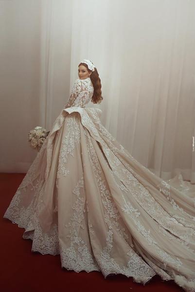2018 neue Design Dubai Arabisch Luxus Ballkleid Brautkleider High Neck Long Sleeves Spitze Appliques Hochzeit Brautkleider Kathedrale Zug
