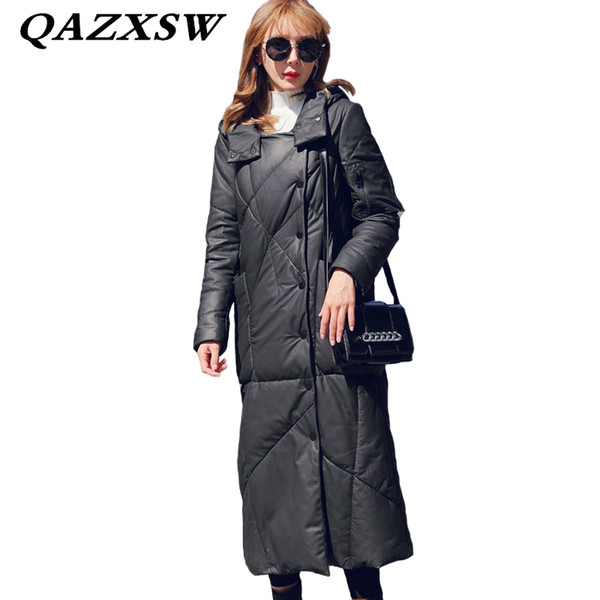 2018 New Winter Women Genuine Leather Down Jacket Fashion Solid Warm Large Size Slim Thick Hooded Sheep Skin Long Fur Coat LF145