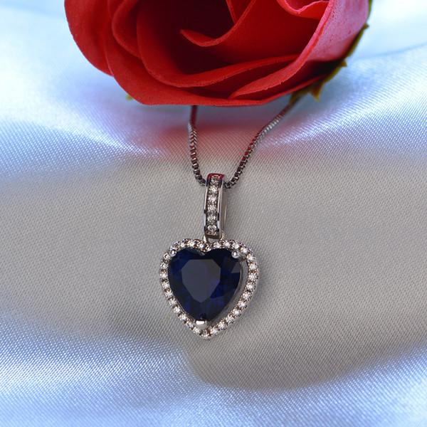 Zircão em forma de coração flash pingente de diamante pequeno colar feminino