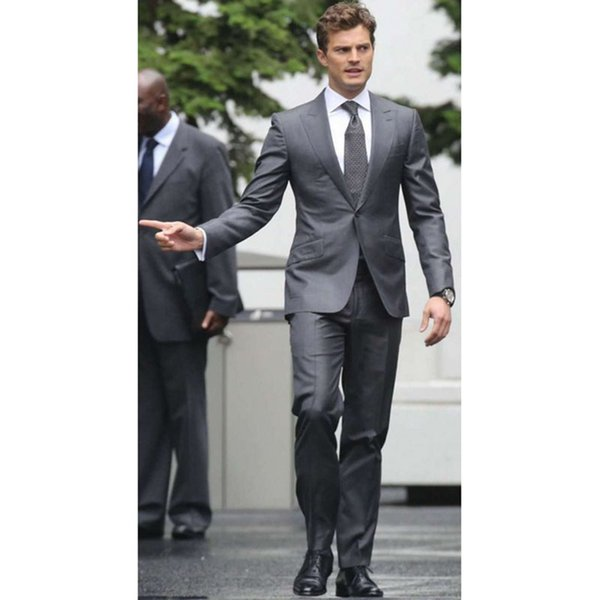 2017 gray gentleman's dress gun collar Wedding dress mens two buttons suits slim wedding men suit (coat+trousers)