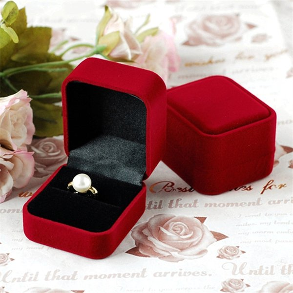 Hot Sale High Quality Wholesale 12pcs 5.8*5*4cm Dark Red Velvet Earring Display Jewelry Wedding Ring Packaging Box free shipping