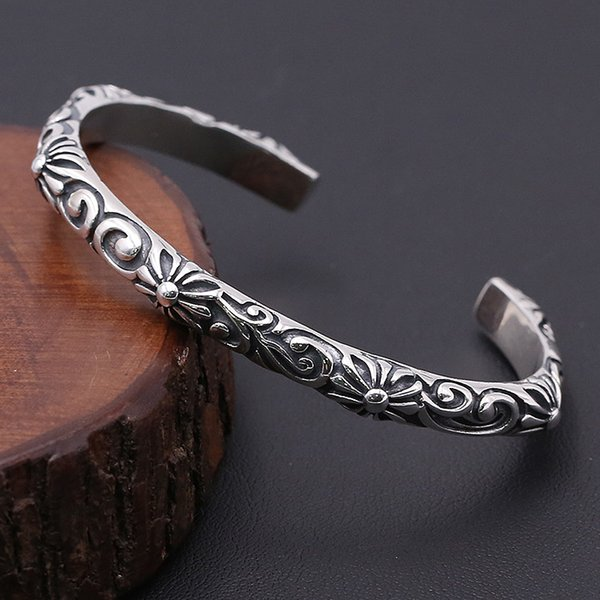Luxury brand new 925 sterling silver vintage style American antique silver hand-made designer cross with rattan flower engraved bangle